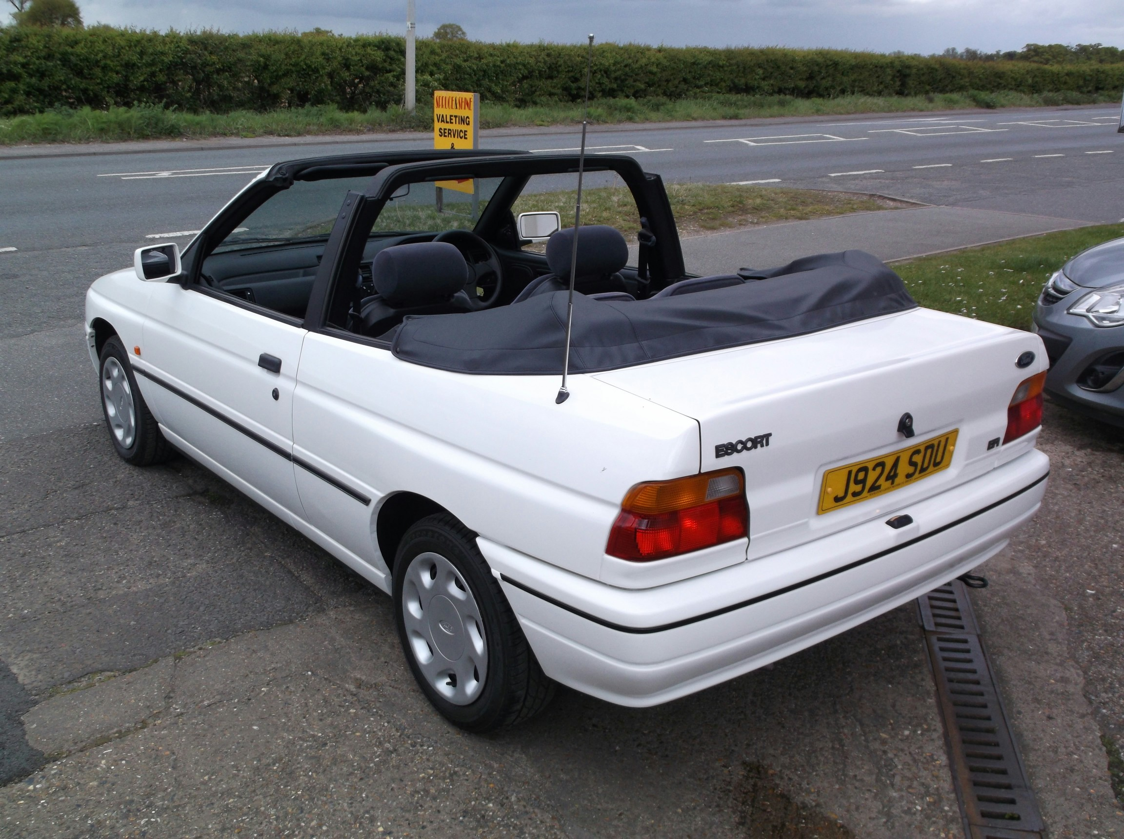 For Sale FORD ESCORT 1.6 EFi CONVERTIBLE, petrol, SOLD ...