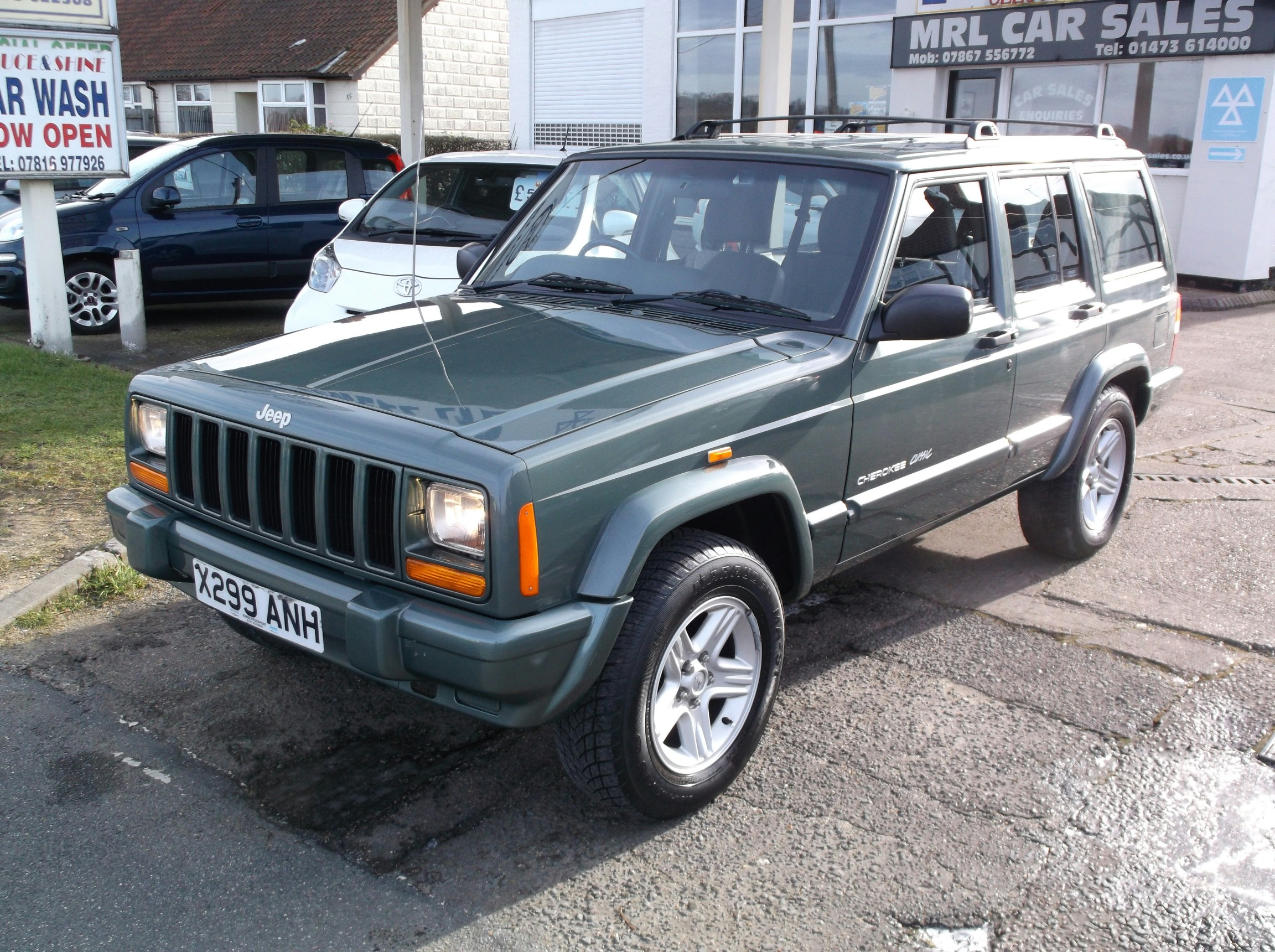 for sale jeep cherokee 4 0 classic automatic 4x4 a c petrol sold sold sold. Black Bedroom Furniture Sets. Home Design Ideas